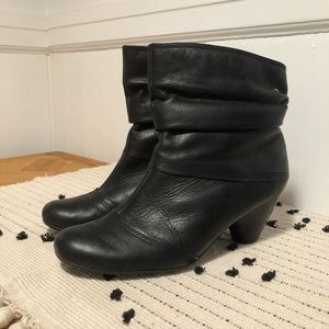 Pikolinos Black Leather Slouch Ankle Boots